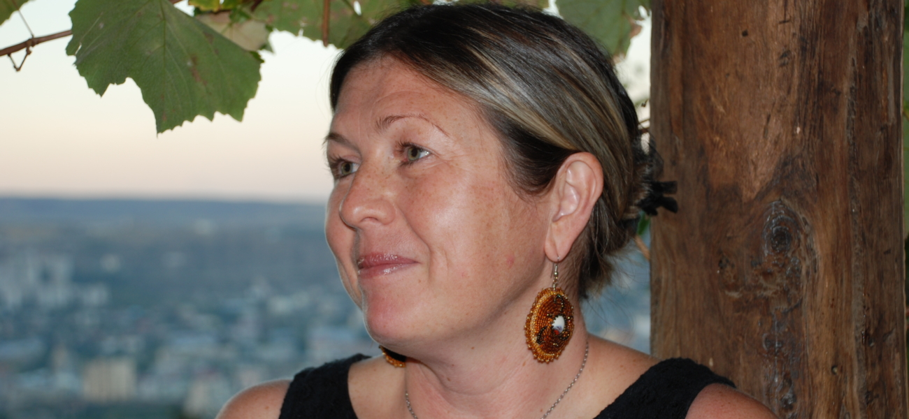 Nora Ikstena på norsk